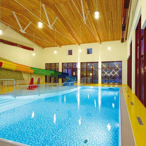 Bayerischer Wald Familienhotel Schwimmbad Wohndesign